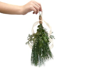 Mistletoe, Hanging Mistletoe, Farmhouse Decor, Holiday Decor, Real Boxwood, Christmas Ornament, Mistletoe Kissing Ball, Swag, Fresh Greenery