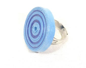 Blue recycled cardboard ring
