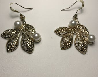 Vintage Pierced Earrings Gold tone Filigree Leaf with Faux Pearls Dangle Drop
