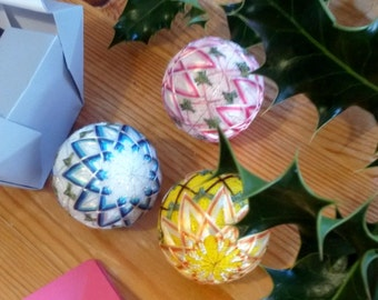 Japanese Christmas ornaments, 3 pieces set, Mini Temari, Chrysanthemum, Silk balls, Home decor, Gift wrapped, Hand embroidered, Made in UK