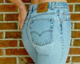 Vintage High Waisted Levis Jeans 550 - Size M / L