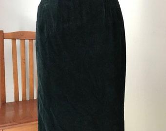 Stunning Pinup style Black Velvet Pencil Skirt