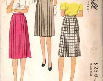 Vintage 1943 WWII McCall 5250 Pleated Skirt Sewing Pattern Size 24 Waist 24""