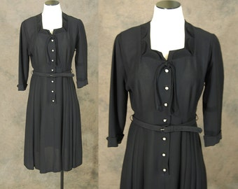 vintage 40s Dress - 1940s Noir Black Dress - Mini Pleated Fan Collar Dress Sz M