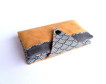 Portefeuille compagnon (tout-en-un) - Tissus jaune moutarde & gris - motifs japonisants vagues Seigaiha