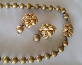 Vintage Castlecliff Gold Metal bead Necklace & Earrings