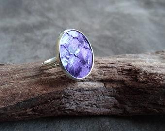 Lila Ring, violetter Ring, Fischleder Ring, Cocktail Ring, Tilapia Fischleder Ring, anpassbarer Ring, minimalistischer Statement Ring