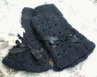 Crocheted Victorian Fingerless Gloves Black Merino Wool (Med-Lg)