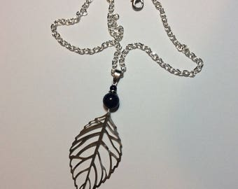 """""""Silver leaf and its lapis lazuli"""" Choker necklace"""