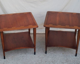 Set of two Lane Acclaim end tables