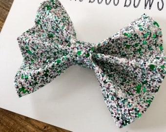 Green Hair Bow, Green Glitter Bow, Green and White bow, Glitter Hair bow
