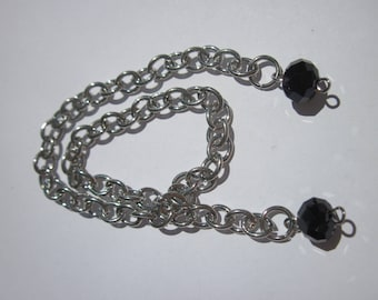 silver metal chain with glass (B29)