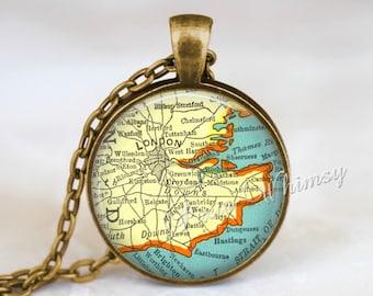 LONDON MAP Necklace, London Pendant, London Map Pendant, London Keychain, London Necklace, London Jewelry, London England Map, Vintage Map