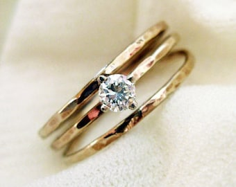 Engagement Diamond Ring. Hammered 14K Gold And Conflict Free .12ct Diamond. Hand Made Solitaire Ring. Unique Engagement Ring. Delicate Ring.
