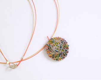 Geometric necklace, round necklace, lemon yellow orange, bridesmaid jewelry, summer gift women, wire, minimalist, everyday, circle necklace
