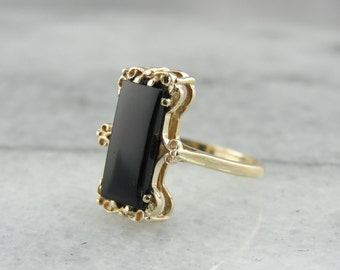 Sultry and Sleek Black Onyx and Yellow Gold Ring VRMU9V-D