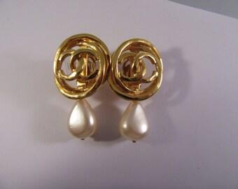 Vintage Channel Faux Pearl Drop Earrings