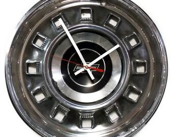 1967 Chevrolet Impala Hub Cap Clock - Chevy Classic Car Hubcap - Retro Car Part
