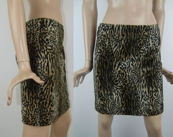 Sassy furry leopard/cheetah print mini skirt with one pocket, size XS/S, 1990's vintage women's clothing, mom pencil skirt, high waisted