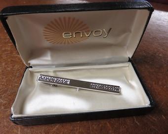 Vintage Envoy Silvertone Ornate Tie Bar