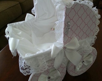 The Aria Baby Carriage Centerpiece