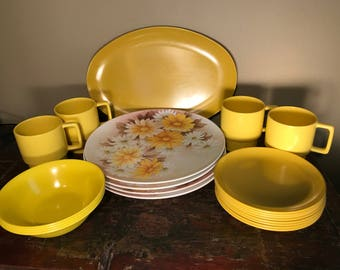 Vintage Melamine Dish Set Yellow Daisy Pattern for Spring! Melmac Plates Bowls Platters MidCentury & Melmac dishes | Etsy