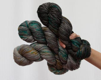 Hand dyed DK yarn, merino yarn, grey yarn, gradient yarn, wool yarn, dk yarn, semi solid, dyed yarns set, hand dyed yarn