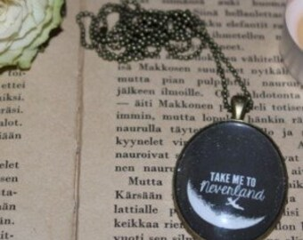 Take me to Neverland - statement necklace