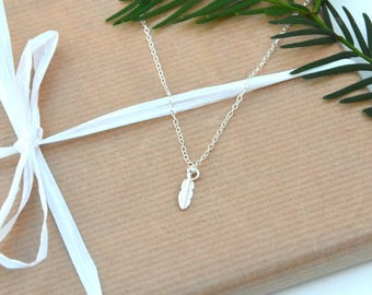 Sterling Silver Feather necklace, silver feather necklace, Bride Jewellery, Bridesmaid gift, silver necklace, girlfiend gift