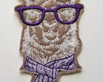Llama Embroidered Patch - llama design - llama with scarf embroidery - llama applique - sew on or heat n bond - felt llama