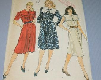 VOGUE 8204 Uncut sz 12 Dress Pattern