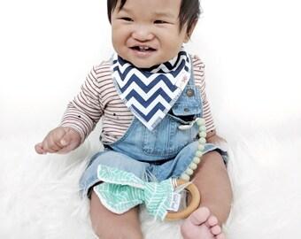 Baby Teether / Teething Ring / Natural Maple Wood Teething Ring in Aqua Herringbone  // Teething Ring // Baby Teether // Organic Teether