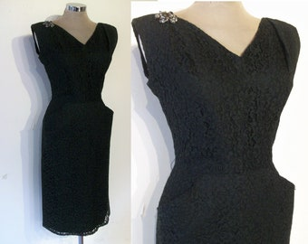 "Pinup 1950s black lace wiggle dress waist 27 1/2"" great silhouette"