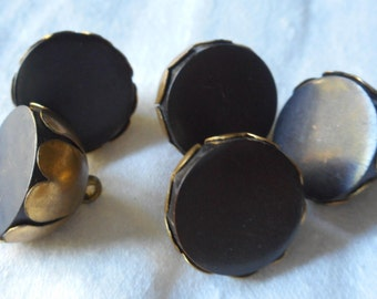 Set of 5 VINTAGE Chunky Black Flat in Metal Flower BUTTONS