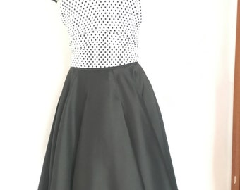 Vintage Black Flared Skirt