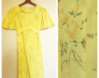Vintage 70s Yellow Rose and Lace Empire Kimono Sleeve Mini Dress S