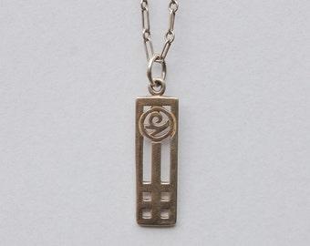Fine design Silver Chain and Pendant.