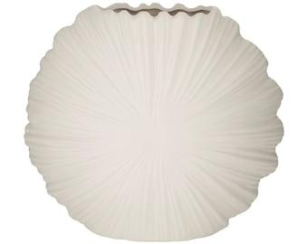 Short Seashell vase