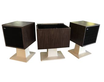 Stereo Console Zenith Allegro Modernized with All New High End Electronics / New turntable / Bluetooth