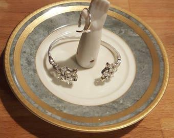Ring/trinket dish (#1)