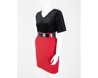Red high waist skirt made of material mix