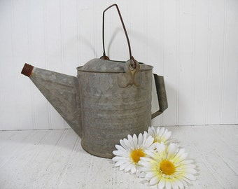 Watering Can with 2 Handles Antique Galvanized Metal 6 Quarts - Vintage Heavy Duty Zinc Metal Gardening Water Can Holds Water Without Leaks