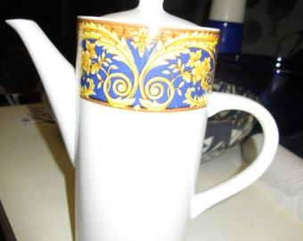 Lynns Fine China Coffee Pot