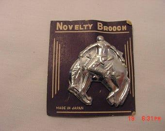 Vintage Bucking Bronco Rodeo Horse Silver Metal Novelty Brooch - Pin On Original Sales Card 18 - 343