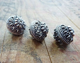 Silver Ornate Filigree Beads  (2) IS422
