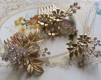 Set of 3 - Gold flowers hair comb, wedding hair stick, flower girl hair pin, vintage hair pin, rhinestones crystals wedding bridal hair comb