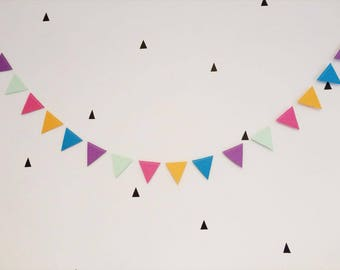 Multicoloured Paper Bunting (4m length) for parties/birthdays/decoration