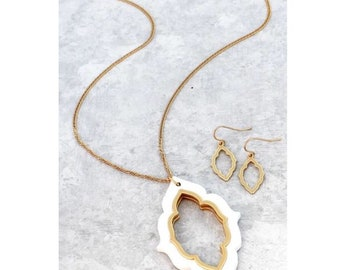 White Wood and Gold Necklace and Earring Set