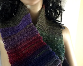 Outlander Claire Cowl Multicolored Scarf Bulky Scottish Winter accessories Circle Scarf Crocheted Neckwarmer FREE SHIPPING