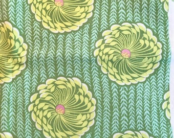 Soul Blossoms by Amy Butler, Delhi Blooms #AB63, Amy Butler Fabric, Green Floral Fabric, Chrysanthemum Quilt Fabric